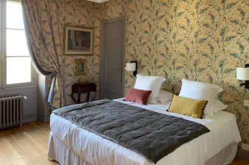 Chambre aux Oiseaux : chambre classique de maison bourgeoise à louer