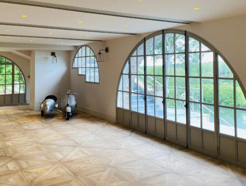 Fenêtres années 30 Maison de famille haut de gamme, domaine de la grande richardière